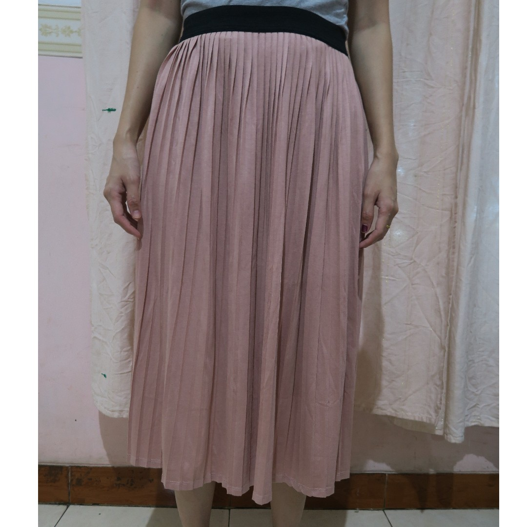 Pink Pleats Skirt