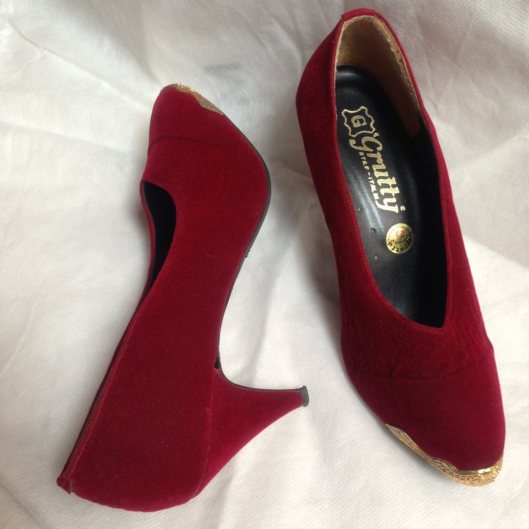 Pink Suede Pump Shoes