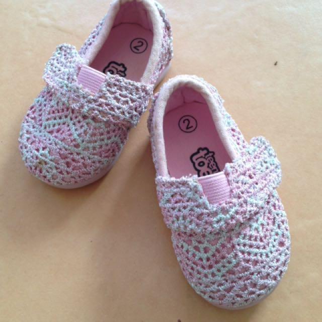Prewalker / walker shoes Teeny Toes