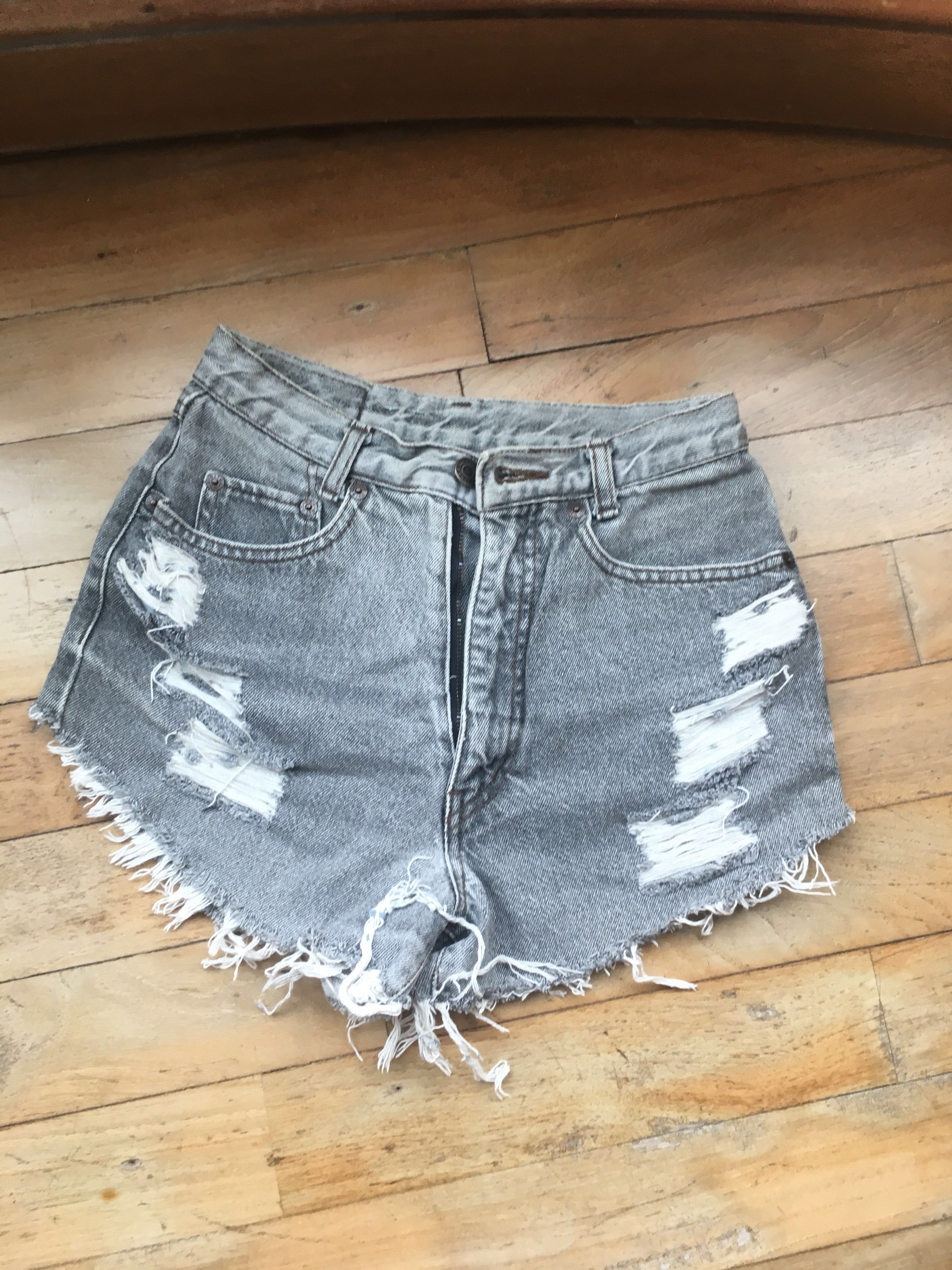 Ripped Denim Short in Grey