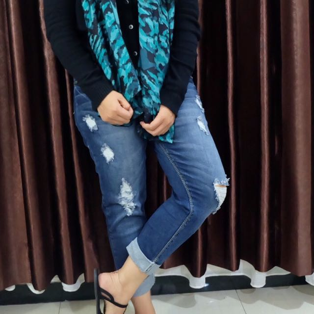 Ripped Jeans bkk