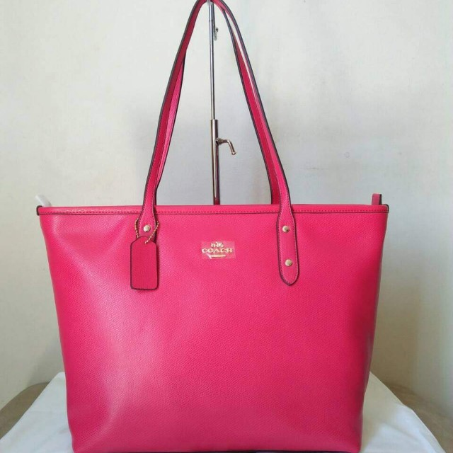36cb1ae11 Sale!! Coach top zip tote bag pink, Luxury, Bags & Wallets on Carousell