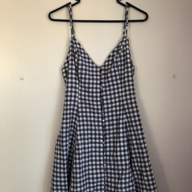 Size 10 Gingham Dress