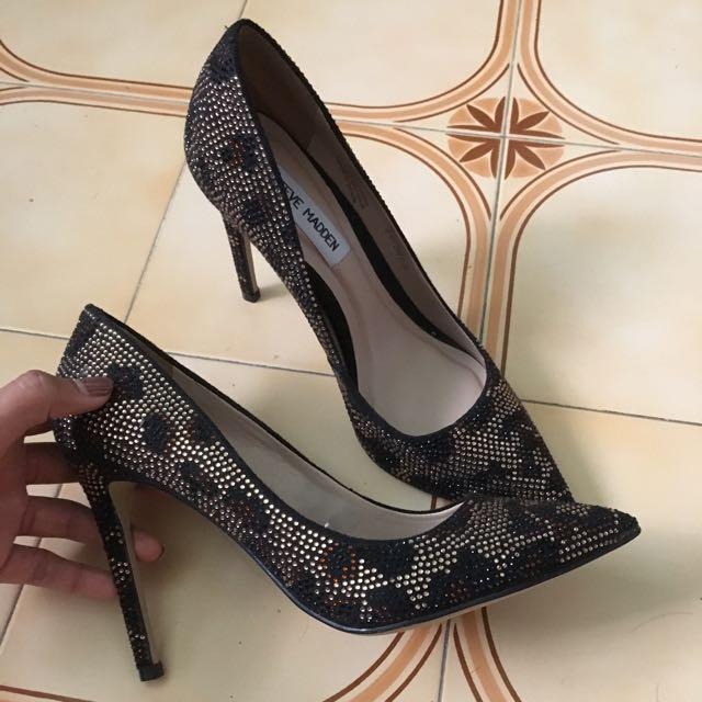 92844f6a570 Steve Madden Leopard Print Heels