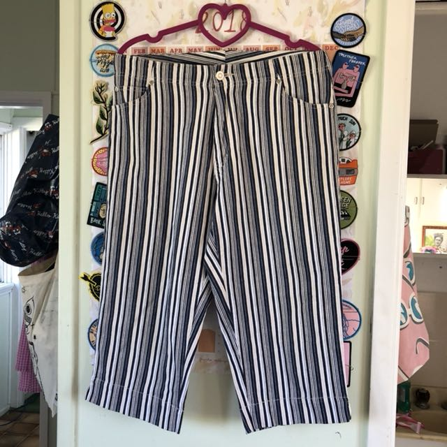Stripe 90s pants