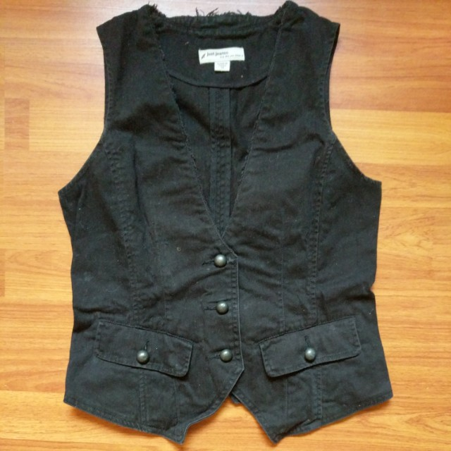 Sturdy Black Vest with Two Pockets and Waist Cincher Belt at Back