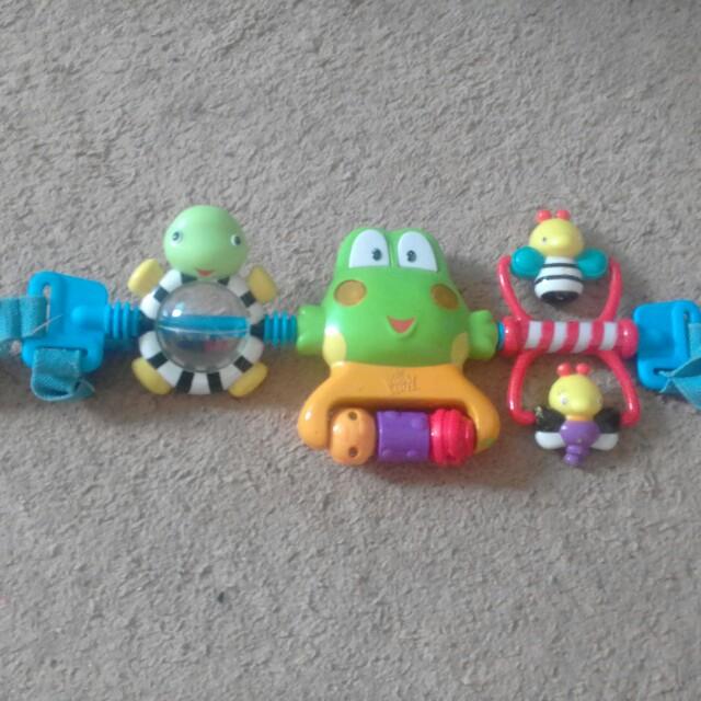 Toy sa stroller