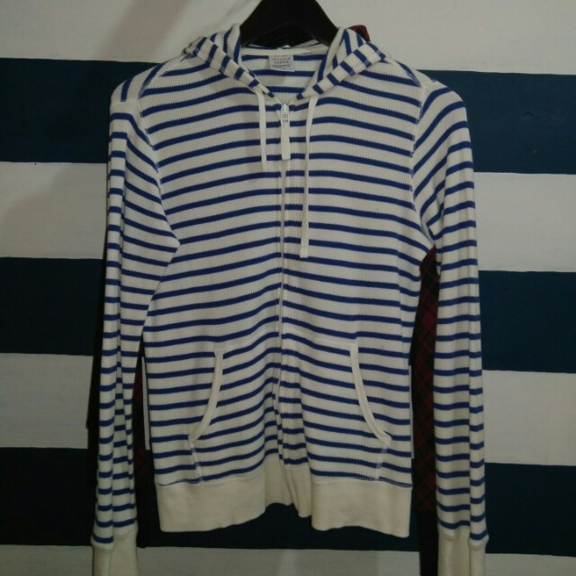Uniqlo hoodie stripes