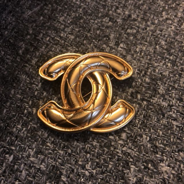 Vintage Coco Chanel Jumbo quilted brooch