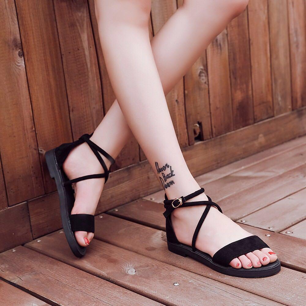 Women 3 colour flat sandal