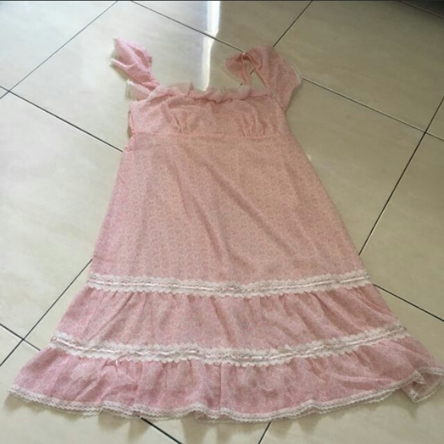 Younghearts pink dress