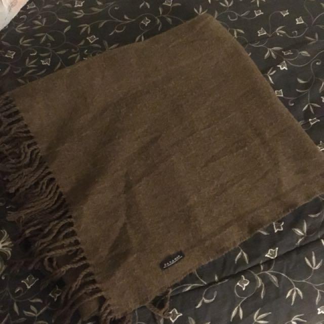Zara man brown blanket scarf