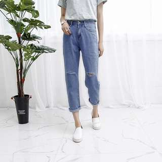 PO | Mom Slit High Waist Jeans