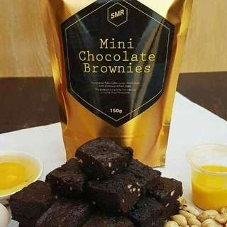 Mini chocolate brownies .  Super delicious and super affordable price