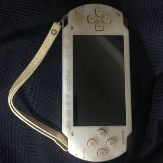 Sony PSP 1 代 1st generation White
