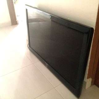 Selling Samsung 40 inch TV