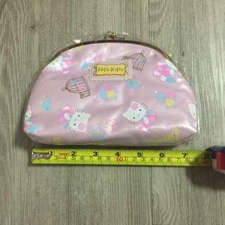Hello Kitty 啪扭化妝袋