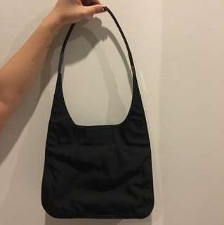 Gucci Signature Small Hobo HandBag