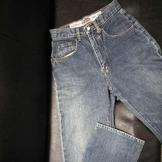 🚚 牛仔褲 中腰 S