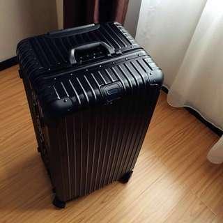 《PC 生活館》限時下殺 30吋、32吋 胖胖箱 加厚 運動版鋁框版、拉鍊版、冰箱  海關鎖 行李箱《現貨》、《黑色》