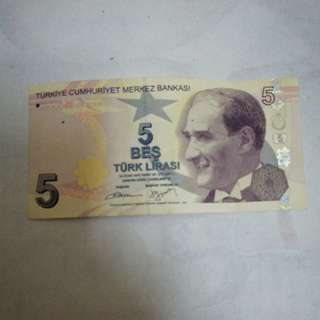 Turkey 5 Lirasi banknote