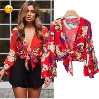 women's clothing 18 early spring new seaside holiday travel wind flowers printed cross V-neck knot short shirt