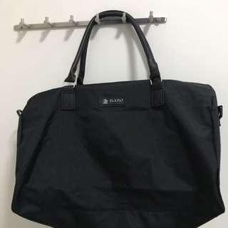 Nano 黑色旅行袋