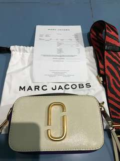 Marc Jacobs authentic snapshot bag ( dove multi ) FAST SALE!