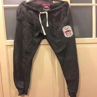 Roots  深灰色縮口緊身運動褲 XS 內刷毛  9成新  *500元