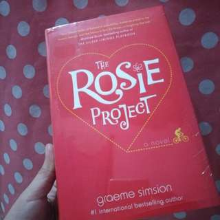 The Rosie Project (HARDBOUND)