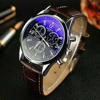Jam tangan pria casual