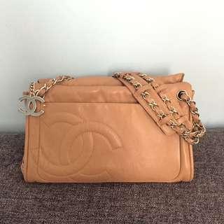 Chanel Hang Bag 100% real