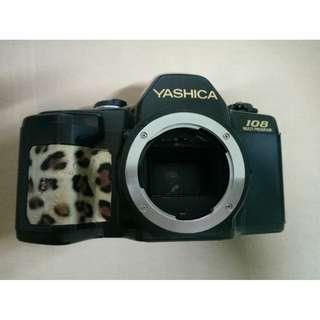 YASHICA 108 傳統底片式單眼相機