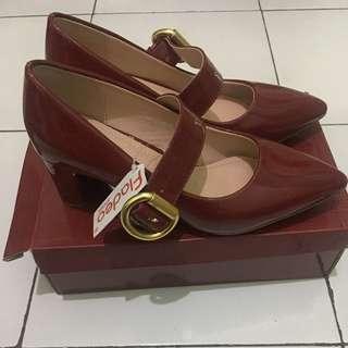New Heels FLD