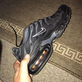 Nike tn size 10