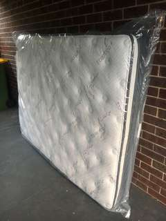 *BRAND NEW* QUEEN SIZE EURO TOP MATTRESS (RRP: $1499.00)!!