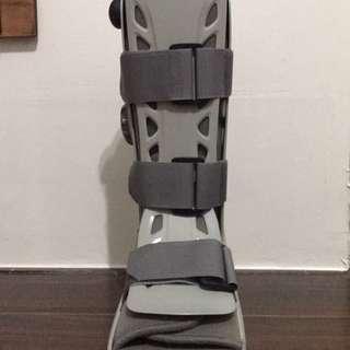 🚚 頂級氣動式足踝護具 長 M號
