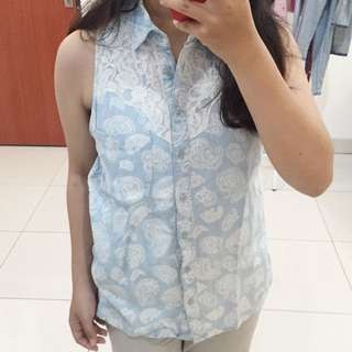 (SALE) Guess top