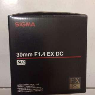 Sigma 30mm f1.4 seldom use almost new