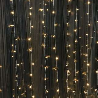 DIY backdrop / photo booth