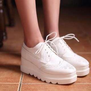 Charming Kicks - Square Toe Wedge Oxfords [Platform Shoes]