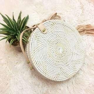 white tassel rattan
