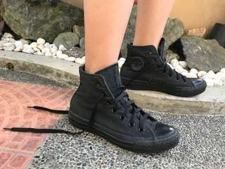 Black Converse Highcut shoes (Womens size 6)