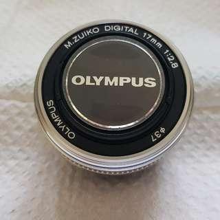 Olympus 17mm f2.8