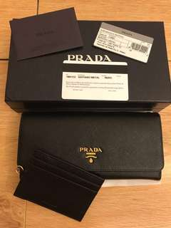 💯 authentic prada suffiano Long wallet For Let Go!!