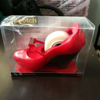 BN scotch tape dispenser (red heel)