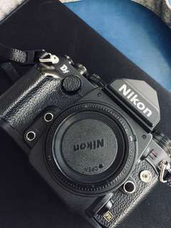 Nikon DF black with box