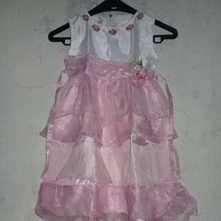 #MakinTebel Gaun anak pink gliter