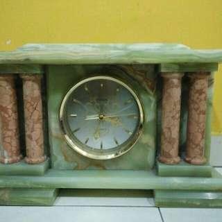 Jam Meja lama