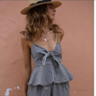 (INSTOCKS) 2 Piece Gingham Grid Romper Set!